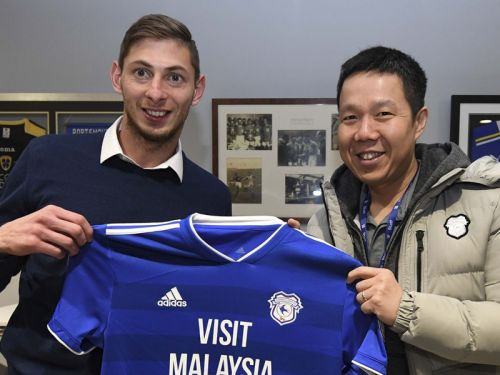 Cardiff record signing Sala feared on board missing plane over English Channel