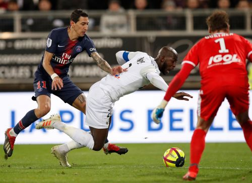 Mbappe scores 14th of Ligue 1 in PSG's 3-0 win at Amiens