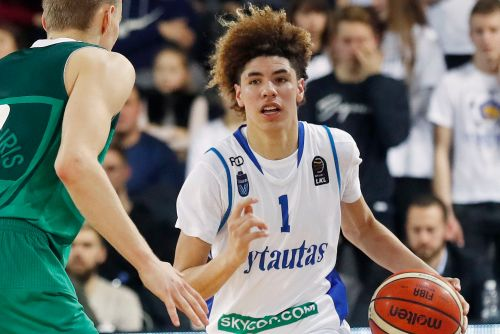 LaMelo Ball's 2nd high-school stint is a controversy minefield