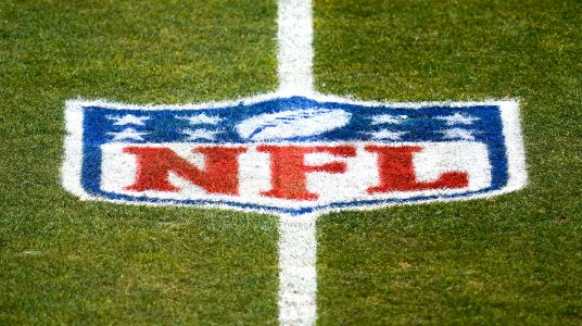 NFL right to use forfeit threat if unvaccinated players cause COVID outbreak