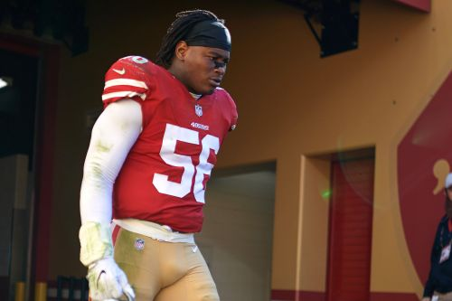 49ers star welcomed back after domestic violence charges dropped