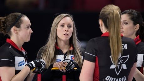 Homan ices McCarville to win Battle of Ontario and advance to Scotties semi