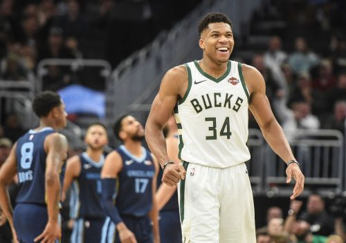Pay attention: Giannis Antetokounmpo and the Milwaukee Bucks are the real deal
