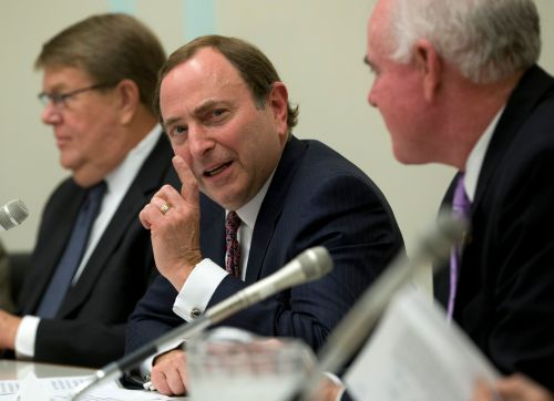 Now 25 years in, Bettman is never off as NHL commissioner