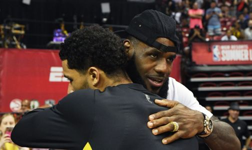 LeBron has already left a Lakers teammate in awe