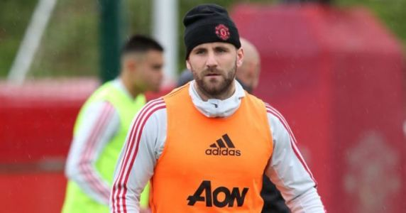 Shaw training at Man Utd this week 'to avoid weight issues'