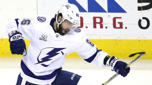Panel: Who should go 2nd overall in fantasy hockey drafts?