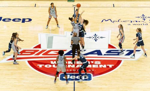 No. 1 UConn beats Villanova 84-39 in Big East semifinal