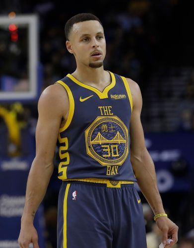 Stephen Curry says Shaq's 'dead wrong' that 2000s Lakers would beat his Warriors