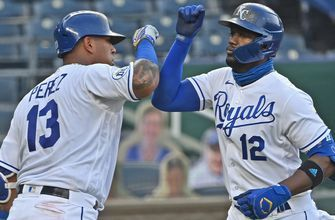 Soler goes deep twice as Royals win third straight, 9-6 over Twins