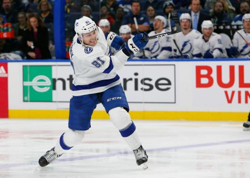 Hutton stops 30 shots in Sabres' 2-1 win over Lightning