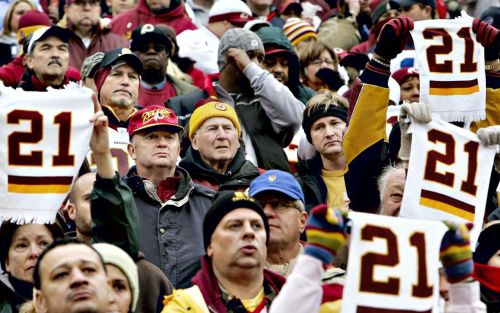 WFT's Jason Wright Apologizes for 'Short Notice' of Sean Taylor Jersey Retirement