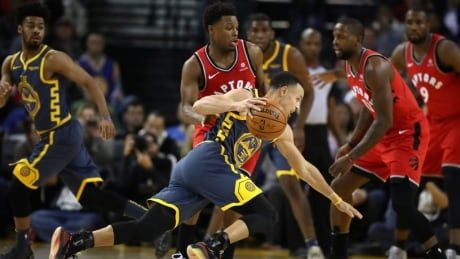 Raptors flatten Warriors to complete season sweep