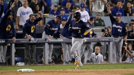 Brewers blank Dodgers to retake NLCS lead