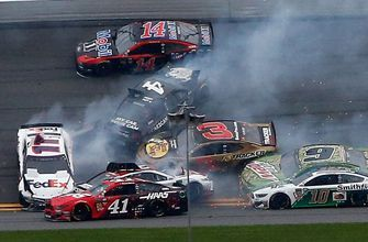 Ricky Craven and Regan Smith break down the big wreck in The Clash at Daytona