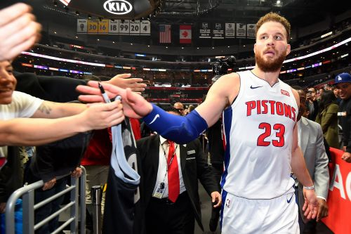 Clippers fans cheer Blake Griffin in his return, he then drops 44 in win