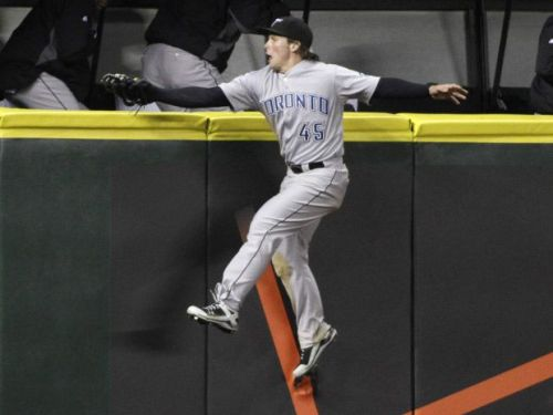Blue Jays' Snider enjoys playing the field