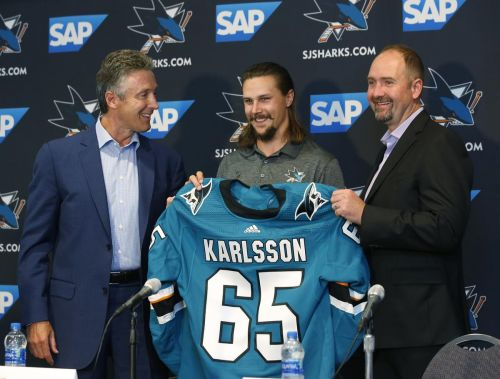 Defenceman Erik Karlsson looks to fit in on 1st day with Sharks