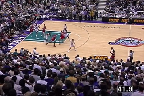Breaking down the sequence that set up Michael Jordan's iconic 'Last Shot'