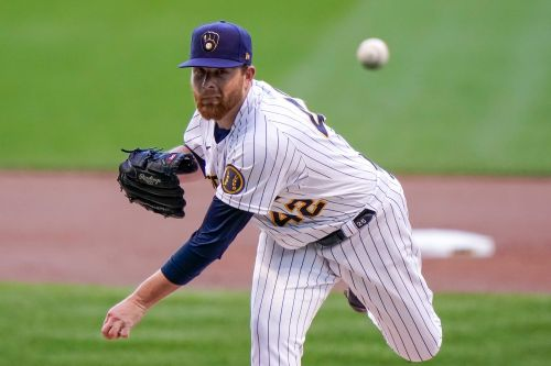 Brewers vs. Reds prediction: Why you should bet Milwaukee