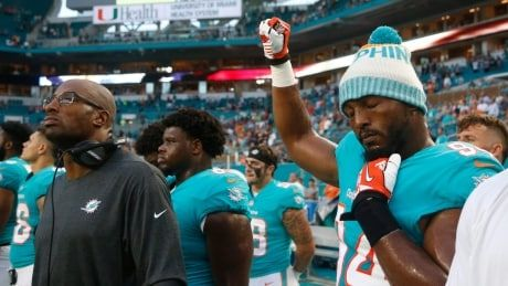 Several NFL players demonstrate during national anthem in pre-season games