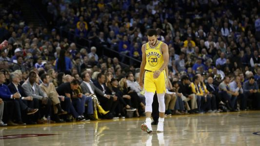 Stephen Curry due for MRI after exiting Warriors' first home loss