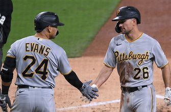 Pirates silence Padres' bats in 2-1 win