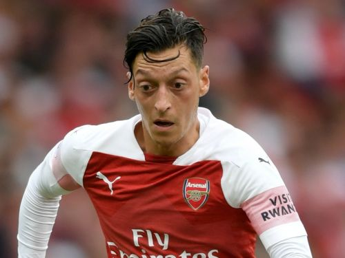 'Ozil is a marked man!' - Arsenal star must use criticism as inspiration, says ex-Gunner Wright