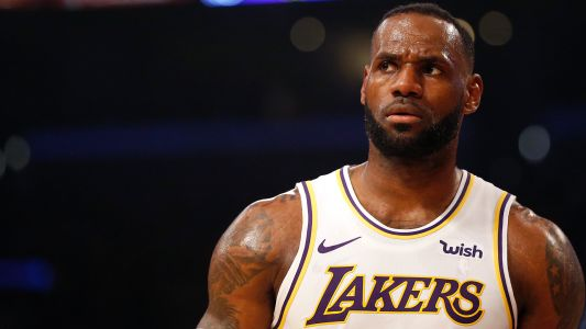 LeBron James explains what he was doing during ridiculous travel that wasn't called