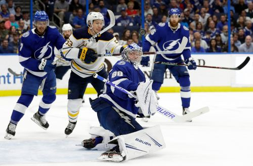 Kucherov fastest to 100 since Lemieux, Lightning beat Sabres