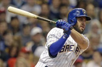 Reds, Moustakas complete $64 million, 4-year deal