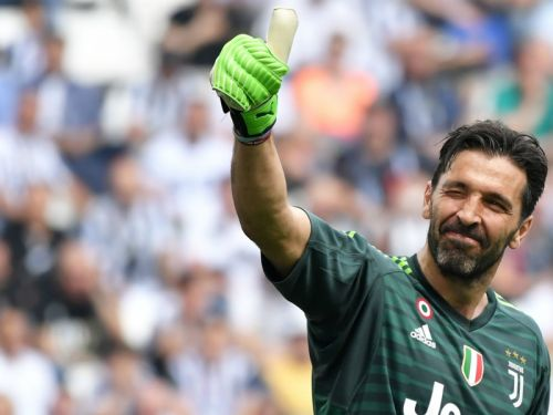 Emulating Buffon will be almost 'impossible', says new Juventus goalkeeper Perin