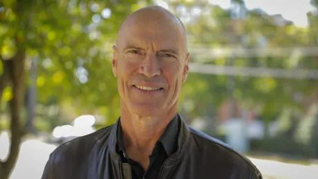 Mark Messier on Gretzky, hockey fights, the NHL's new stars, and stickhandling success