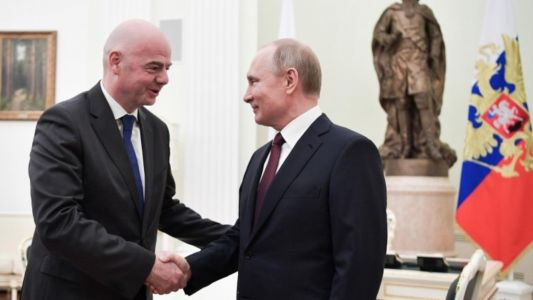FIFA President discusses 2018 legacy and sustainable growth of football during visit to Russia