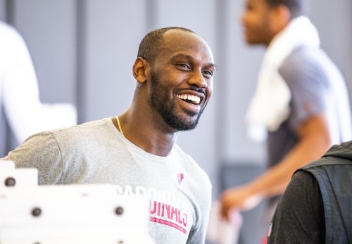 Chandler Jones' stale snack cakes point to big things for the Cardinals linebacker