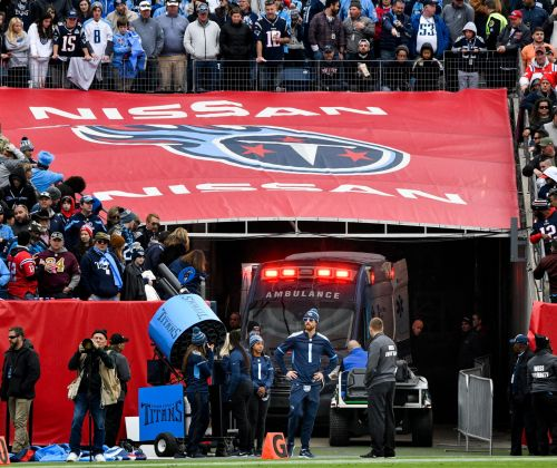 Fan in critical condition after fall from stands during Patriots-Titans game