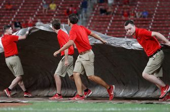 Rain ends game in eighth inning, Cardinals fall 5-3 to Brewers