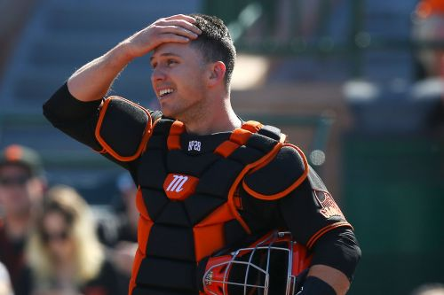 Giants' Buster Posey will sit out 2020 season after adopting twins