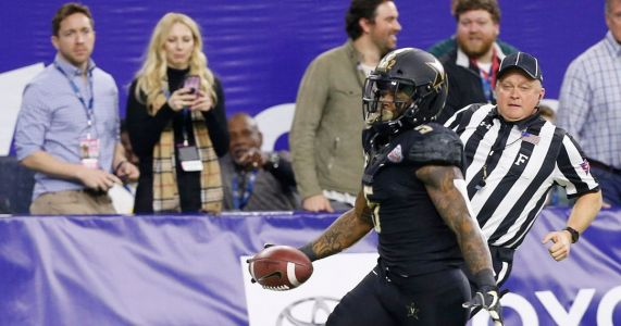 The 5 best SEC RBs for 2019: Where does Vanderbilt's Ke'Shawn Vaughn rank after torching Baylor in the Texas Bowl?