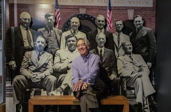 Awestruck Ted Simmons marvels at the Baseball Hall of Fame