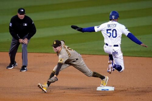 Padres hold off Dodgers 3-2 in resumption of SoCal rivalry