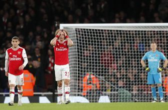 Arsenal loses 2-1 to Brighton as winless run continues
