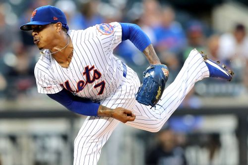 Marcus Stroman exits Mets game with hamstring injury