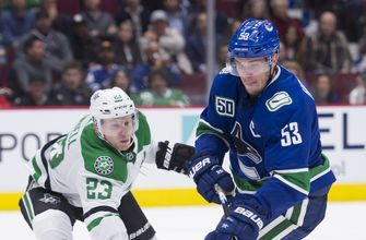 Seguin leads Stars to 4-2 win over Canucks