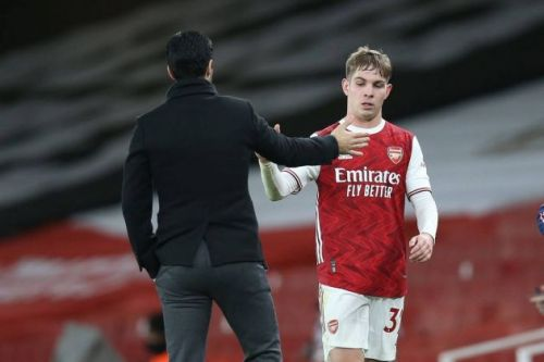 Official: Arsenal star signs new long-term contract and reveals new shirt number to put an end to exit talk