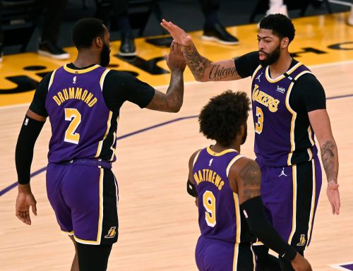 Anthony Davis: Lakers 'playing desperate' in regular season's final days