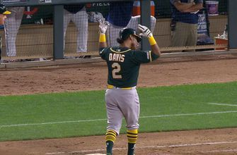Khris Davis comes up clutch with go-ahead RBI single in ninth in 5-4 A's win