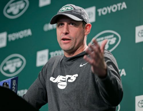 Jets' Adam Gase already debunking Le'Veon Bell trade speculation, is 'excited' to coach RB