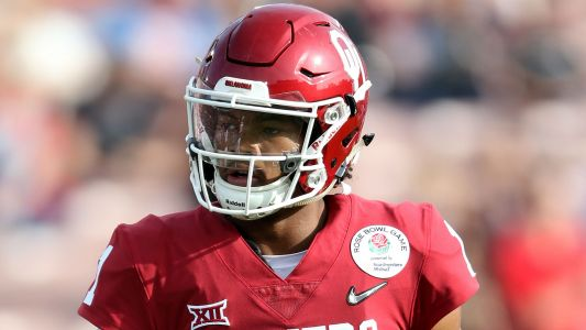 Kyler Murray declares for NFL Draft, still under contract with A's