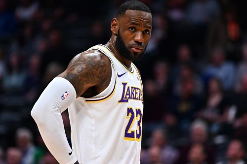 LeBron James responds to Jazz announcers' 'disrespect' rant for sidelines celebration